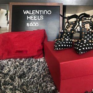 ✨ Valentino Heels ✨